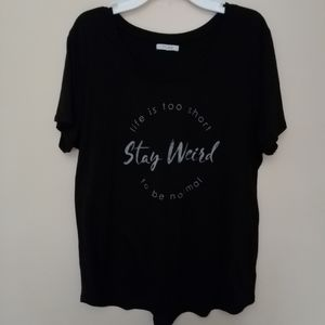 "EUC scoop neck XL tee ""stay weird"""